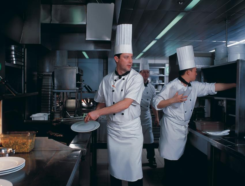 Chefs in the kitchen 2